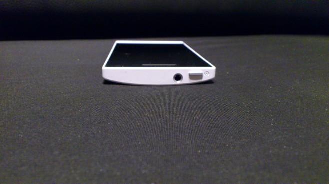 gornja strana Sony Xperia S