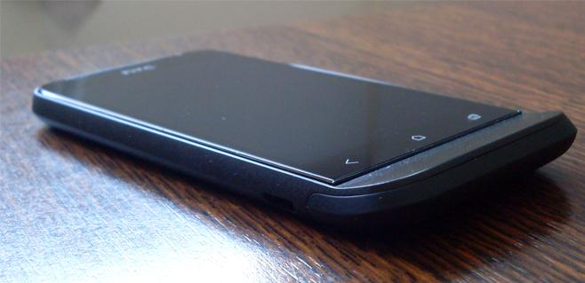 HTC-One-V-2