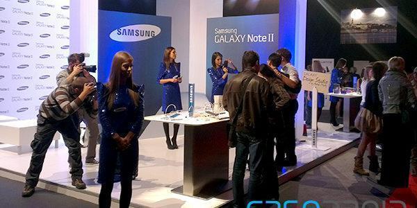 Samsung zvanično predstavio Galaxy Note 2 i Galaxy Camera