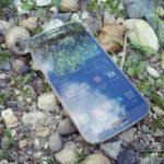 Samsung Galaxy S4 in nature 002